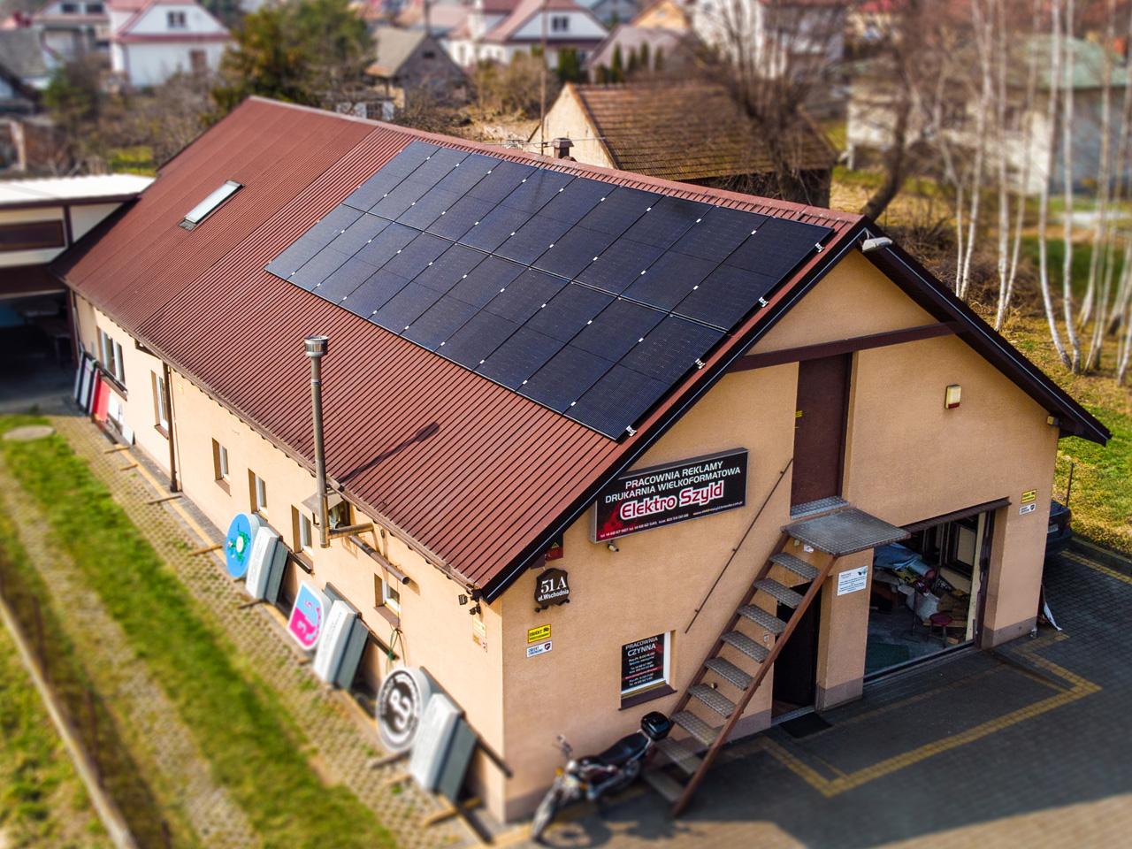 Instalacja fotowoltaiczna w Brzesku na dachy firmy