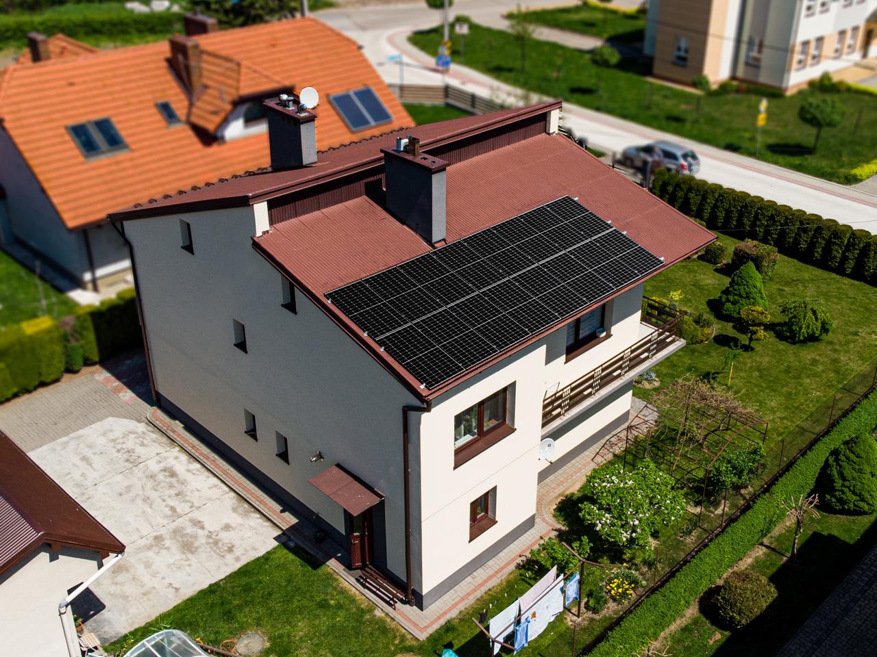 instalacja-fotowoltaiczna-foto-instal-montaz-paneli-slonecznych-debno-brzesko-tarnow-krakow-rzeszow-debica-nowy-sacz-malopolska-podkarpacie-longi-solar-sofar-fronius-huawei-1